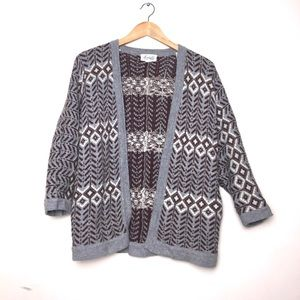 🍁Forever 21 Boutique Diamond Pattern Cardigan